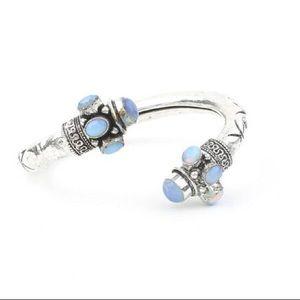 Unique vintage silver plated opalite bracelet